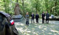 Zawody historyczno-obronne dla uczniów klas mundurowych, fot. Leon Woszczyna