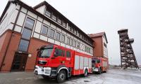 Podpisana dziś umowa dotyczy zakupu sześciu samochodów ratowniczo-gaśniczych dla jednostek OSP, fot. Szymon Zdziebło/Tarantoga.pl