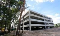 Budynek parkingowy, fot. Mikołaj Kuras dla UMWKP