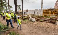 Zwiedzanie budowy Wojewódzkiego Szpitala na Bielanach w Toruniu - fot. Szymon Zdziebło / www.tarantoga.pl