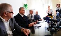 Ceremonia podpisania umowy, fot. Mikołaj Kuras dla UMWKP