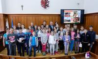 Dzieci z Ukrainy z wizytą w Urzędzie Marszałkowskim, fot. Mikołaj Kuras dla UMWKP