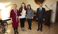 Aleksandra Panert laureatka I miejsca oraz Mariola Cyganek, Tadeusz Kierel, Iwona Rostankowska