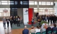 Montaż słowno-muzyczny zaprezentowany przez uczniów II i III klas gimnazjum