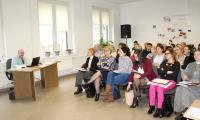 Adam Turek dyrektor Zakładu Aktywności Zawodowej we Włocławku oraz uczestnicy seminarium