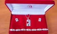srebrna biżuteria od firmy Ada-Plus, fot. Andrzej Goiński