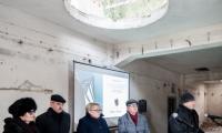 Konferencja prasowa marszałka Piotra Całbeckiego w młynach Richtera, fot. Łukasz Piecyk dla UMWKP