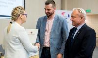 W uroczystości wręczenia umów wzięli udział przedstawiciele około 60 organizacji pozarządowych, fot. Łukasz Piecyk
