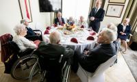Spotkanie z honorowymi gośćmi i ich rodzinami z udziałem marszałka Piotra Całbeckiego i przewodniczącego sejmiku Ryszarda Bobera, fot. Andrzej Goiński