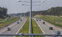 Autostrada A1 w ostatnią sobotę kwietnia, fot. Szymon Zdziebło/tarantoga.pl