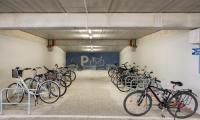 Nowy parking rowerowy w parkingu wielopoziomowym przy Wojewódzkim Szpitalu Zespolonym w Toruniu, fot. Łukasz Piecyk