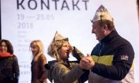 Potańcówka przed Teatrem Horzycy inaugurująca festiwal, fot. Łukasz Piecyk