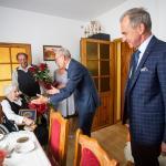 Wizyta radnego województwa Marka Domżały u Łucji Szyperskiej, fot. Filip Kowalkowski