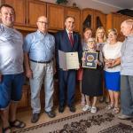 Wizyta przewodniczącego sejmiku Ryszarda Bobera u Moniki Ćwiek, fot. Szymon Zdziebło/tarantoga.pl