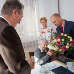 Wizyta radnej województwa Agnieszki Kłopotek u Jadwigi Jańczak, fot. Filip Kowalkowski