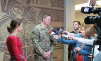 Wywiad z lokalnymi mediami przed spotkaniem w Sali Sejmikowej
