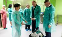 Marszałek Piotr Całbecki wizytuje Wojewódzki Szpital Dziecięcy, czerwiec 2018, fot. Filip Kowalkowski dla UMWKP