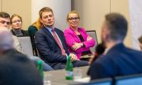 """Panel """"Przedsiębiorczość społeczna"""" w ramach Welconomy forum, fot. Szymon Zdziebło/tarantoga.pl"""