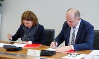 Umowa z PwC, fot. Mikołaj Kuras dla UMWKP
