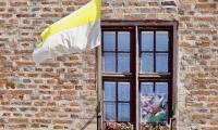 Toruń w barwach papieskich, fot. Andrzej Goiński i Mikołaj Kuras