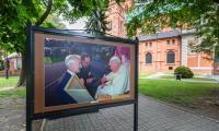 Wystawa w rocznicę wizyty Jana Pawłą II, fot. Szymon Zdziebło tarantoga.pl/UMWKP