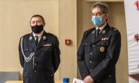Wręczenie umów na dofinansowanie dla ochotniczych straży pożarnych, fot. Szymon Zdziebło/tarantoga.pl dla UMWKP