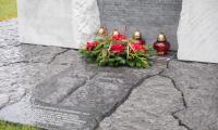 Uroczystości pod pomnikiem Pamięci Ofiar Zbrodni Pomorskiej, fot. Andrzej Goiński/UMWKP