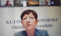 Pani Halina Nowicka, p.o. Dyrektora ds. medycznych NFZ podczas zdalnego posiedzenia Rady
