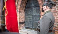 Uroczyste odsłonięcie i poświęcenie Drzwi Jubileuszowych w Kościele Św. Mikołaja w Inowrocławiu, fot. Szymon Zdziebło taratoga.pl dla UMWKP