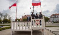 Spotkanie marszałka z żołnierzami amerykańskimi, fot. Mikołaj Kuras dla UMWKP