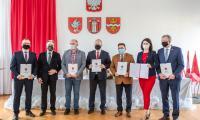 Podpisanie porozumienia w sprawie budowy ronda i obwodnicy Golubia-Dobrzynia - fot. Szymon Zdziebło www.tarantoga.pl dla UMWKP