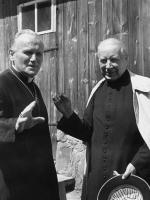 Prymas Stefan Wyszyński i kardynał Karol Wojtyła w Bachledówce na Podhalu, fot. ze zbiorów Instytutu Prymasowskiego Stefana Kardynała Wyszyńskiego w Warszawie