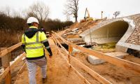 Modernizacja mostu w Byszewie (kwiecień), fot. Filip Kowalkowski dla UMWKP