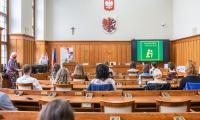 """Wręczenie nagród w konkursie ,,Mój ojciec-dobrze być razem"""". Fot. Szymon Zdziebło/tarantoga.pl dla UMWKP"""