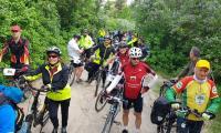 fot.R.Modrzewski - uczestnicy rajdu rowerowego w Parku Krajobrazowym Góry Łosiowe