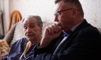 Wizyta wicemarszałka Zbigniewa Ostrowskiego u  Franciszki Gawłowicz, fot. Filip Kowalkowski