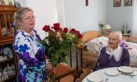 Do grona rówieśników Niepodległej uhonorowanych medalem Unitas Durat Palatinatus Cuiaviano-Pomeraniensis dołączyła stuletnia Weronika Pieńczewska z Chełmży w powiecie toruńskim, fot. Mikołaj Kuras dla UMWKP