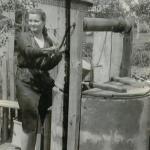 zdjęcie z czasów młodości Kazimiery Piotrowicz, fot. archiwum prywatne