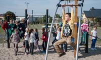 Plac zabaw w Białych Błotach, fot. Tymon Markowski