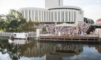 """Koncert z cyklu """"Rzeka muzyki"""" w operowym amfiteatrze nad Brdą, fot. Tymon Markowski"""